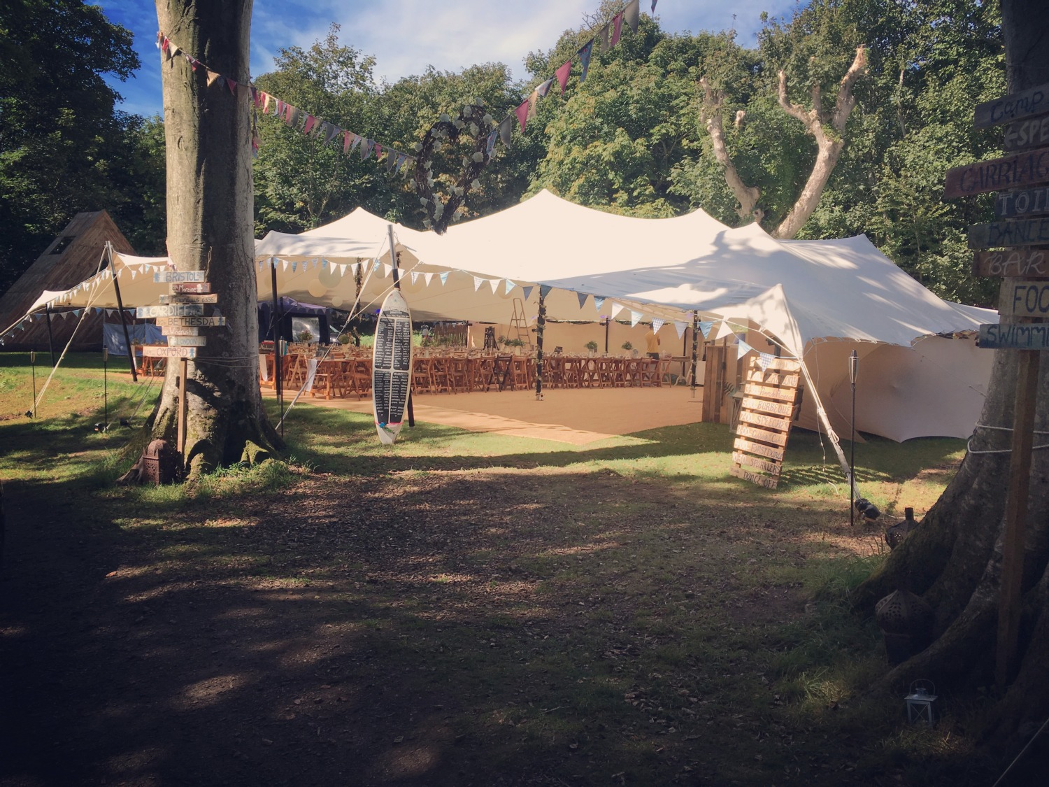 A stretch tent for an amazing wedding day. We can help you to find your own style and to add that very special personal touch to the event.