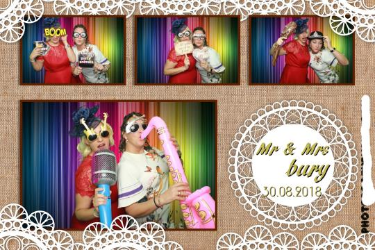 Castleford  Best Photo booth hire Service
